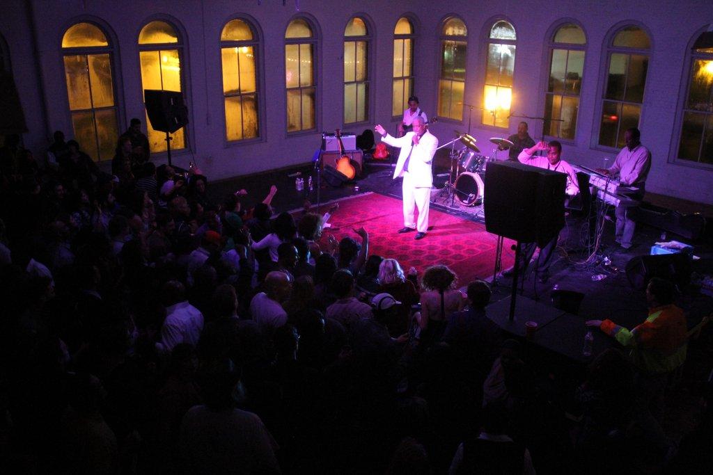 Mahmoud Ahmed performance