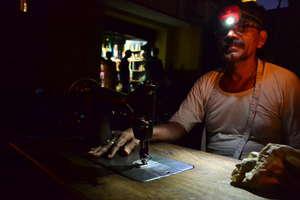 Tailor in Gaya, Bihar, India uses his NURUlight