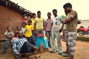 Entrepreneur demos the POWERCycle, Odisha, India