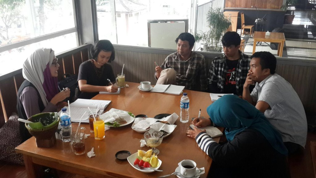 Indonesian participants have their prep day!