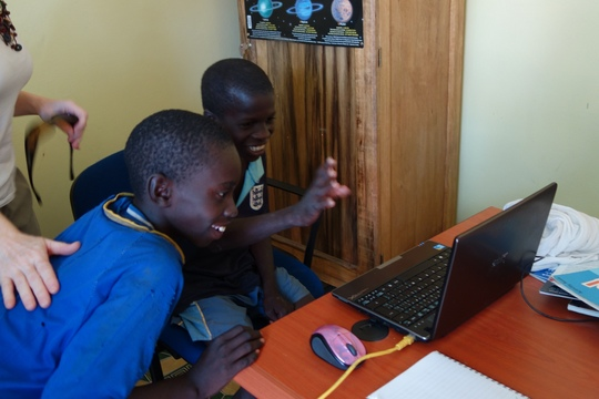 Talibes Fode and Boubacar meet Ottawa students