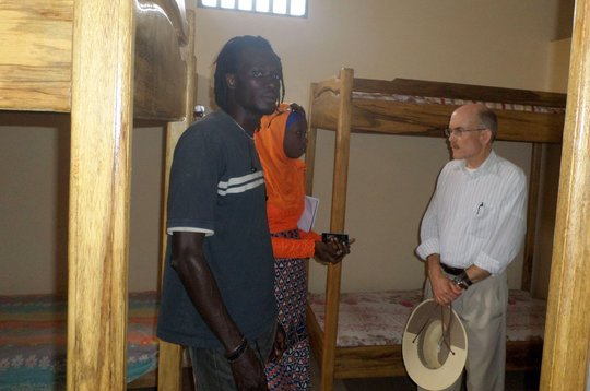 The ambassador visits the new emergency shelter