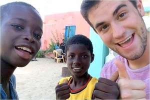 Thumbs up, with talibe children in MDG centre