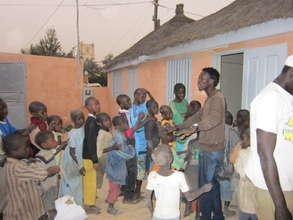 Talibes gathering for food distribution