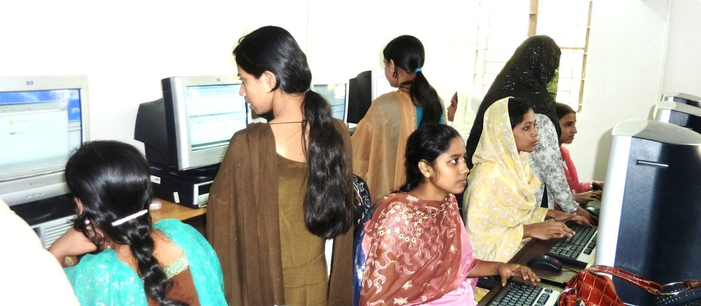 Bring Digital Livelihoods to 150,000 At-risk Youth