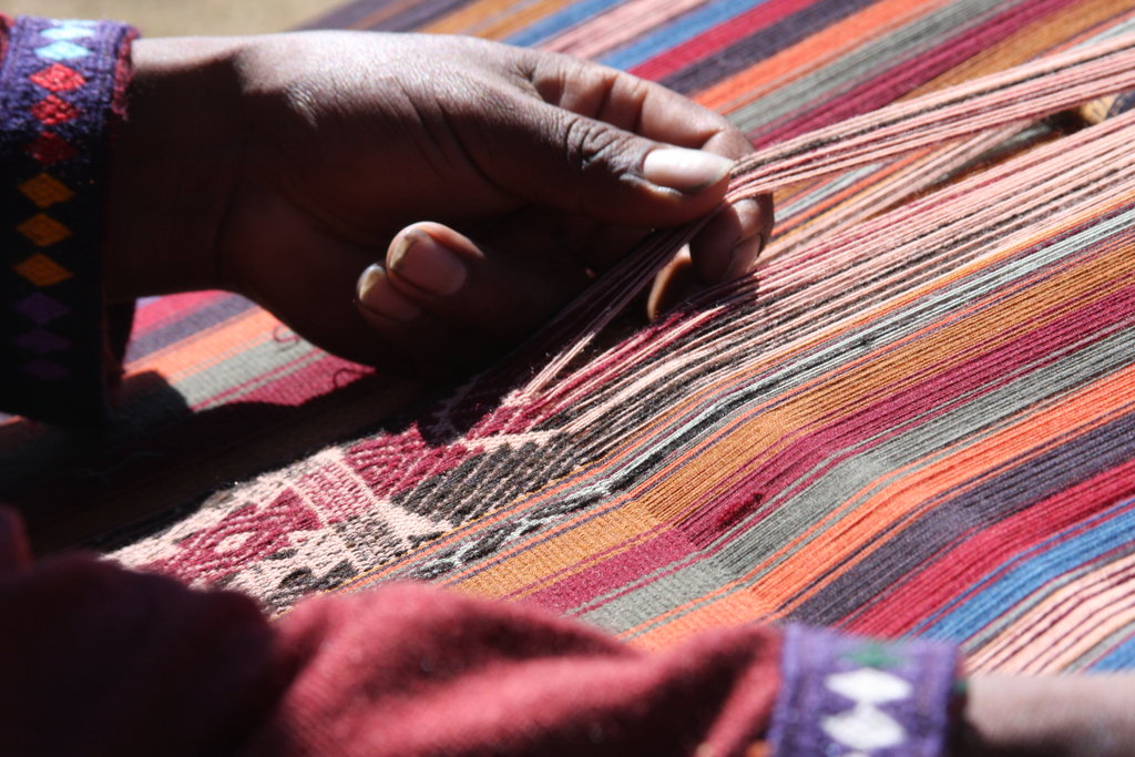 The precision required to weave a textile is Mosqoy