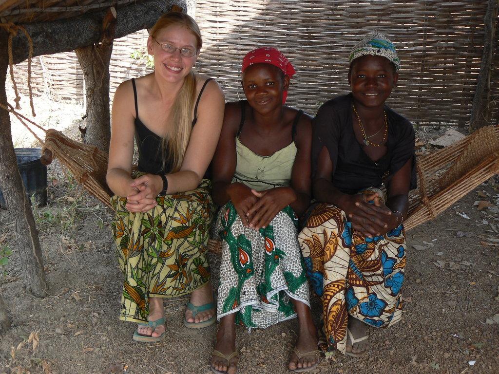 Young women of Fongoli village