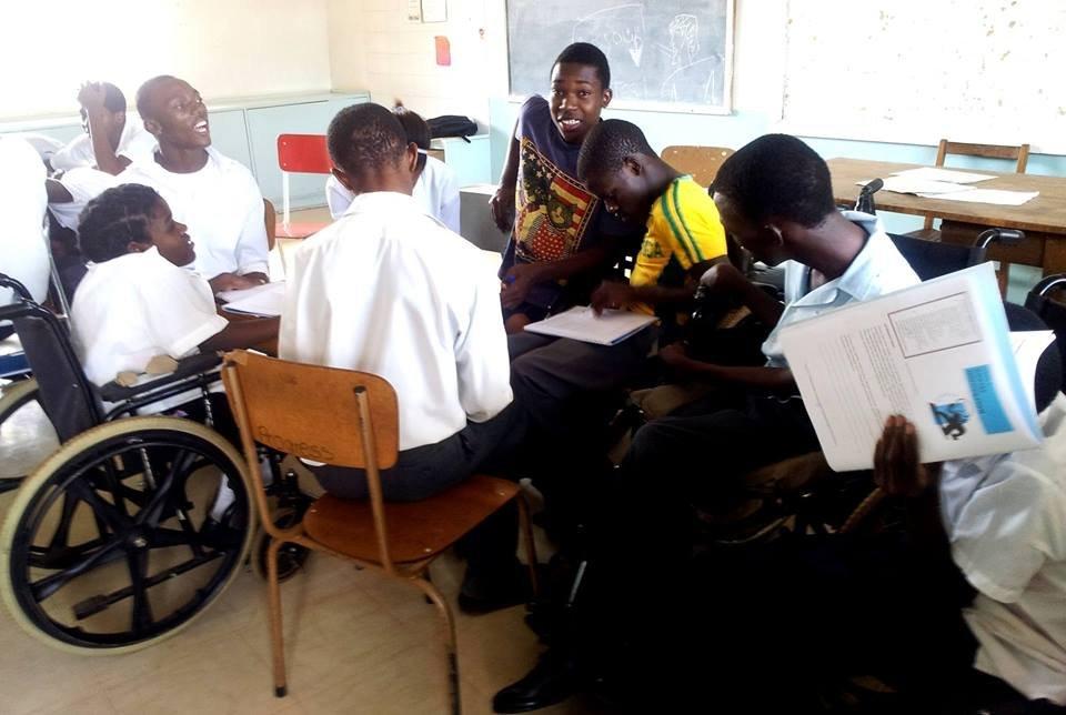 KG VI Memorial LUT students brainstorming project