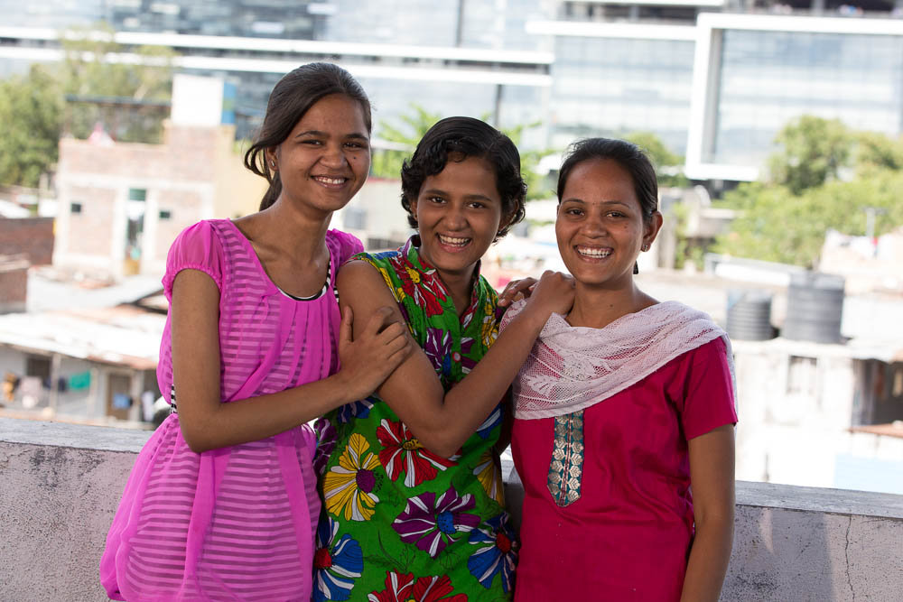 Saniya with her older sisters Hema and Nandini