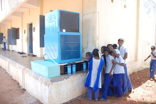 Drinking water purification system for school