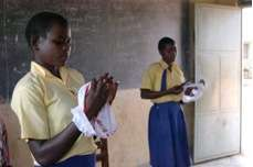 Training on using reusable sanitary pads