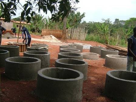 Build a well for 650 schoolchildren in Cameroon