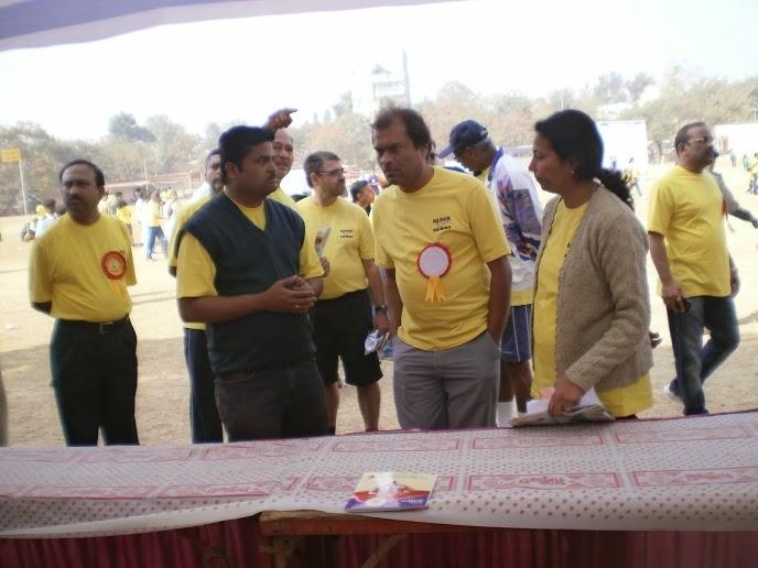 Nasik Run Trustee Uttam Rathod & SNSF staff (left)