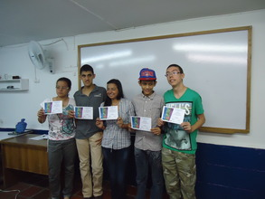 Carlos (in the gray shirt) and his classmates!