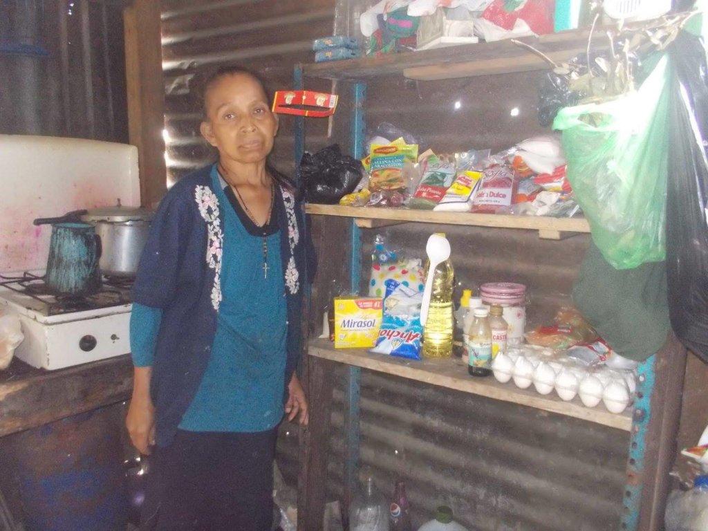 Dona Sara at home