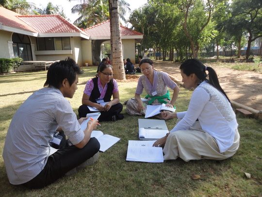 Group work to design local settlement projects