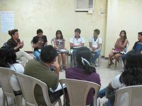 Director of CEPAIPA Dr. Alexandra Tamayo teaches