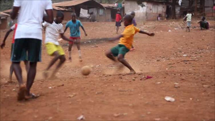 soccer team play