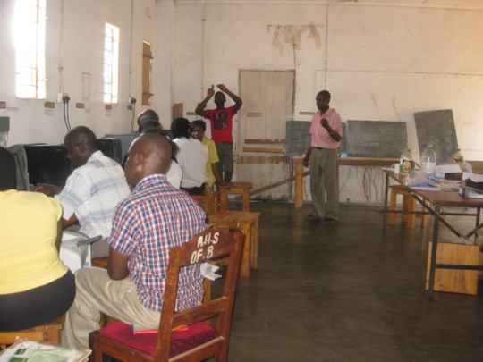 Teachers Receiving Training From CZsw