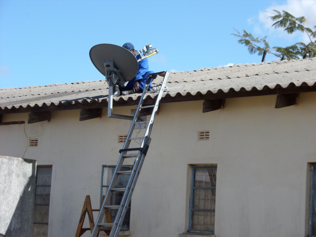 TELONE WORKING ON THE VSAT DISH