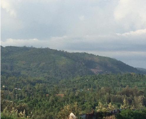 Approaching Bugarama