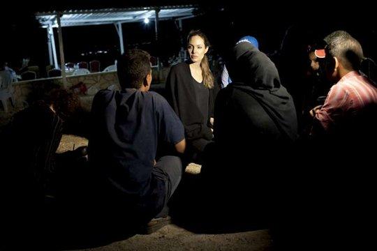 Angelina Jolie meets Syrian refugees in Jordan.