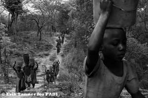 PADI/St. Gertrude - the walk with full buckets