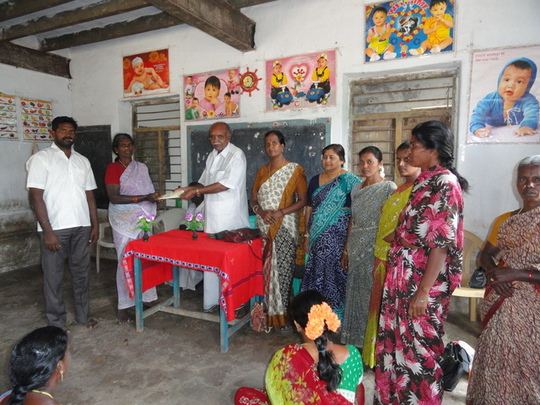 Community group in Endiyur Village