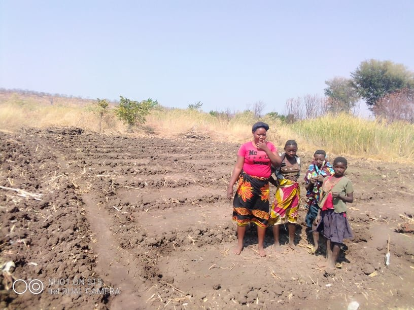 FAMILY IN KAMWI HAVE NO FOOD IN THEIR GARDEN