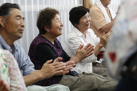 Participants enjoying folk songs