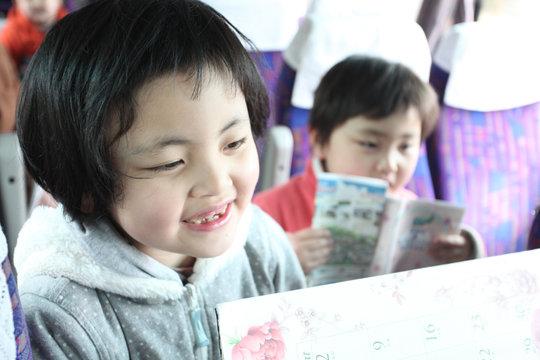 Lets sing! (Sukagawa, Fukushima - 22 Apr 2012)
