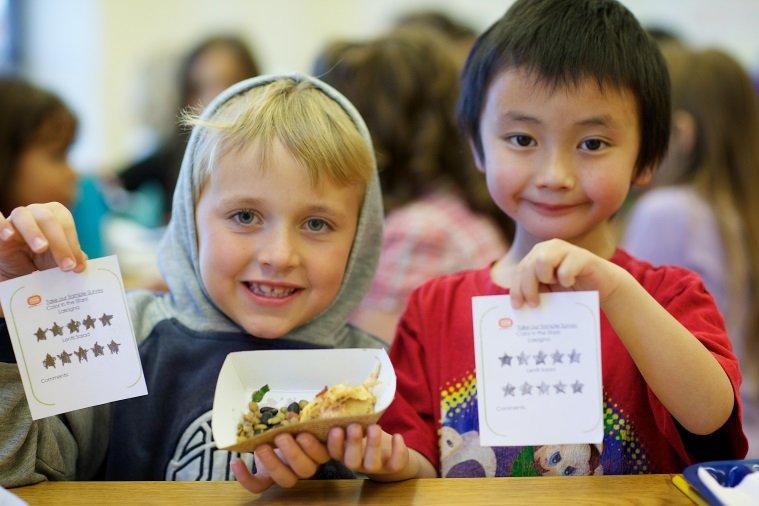Kids give lasagna ten stars!