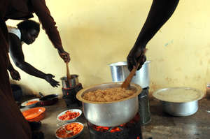 Cooking on the Reduced Charcoal Stove