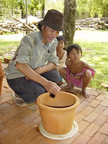 Ceramic Water Purifier--Clean Water for Cambodia