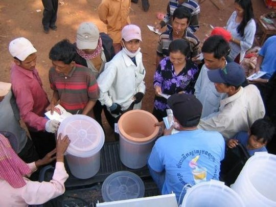 CWP demonstration to a local village by IDE Staff