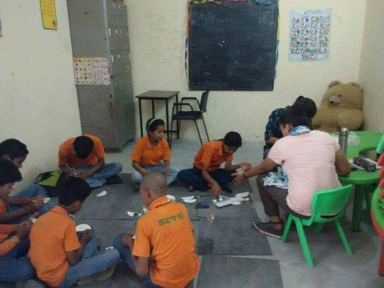 Summer Camp - craft session