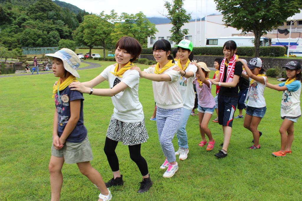 dancing with volunteers