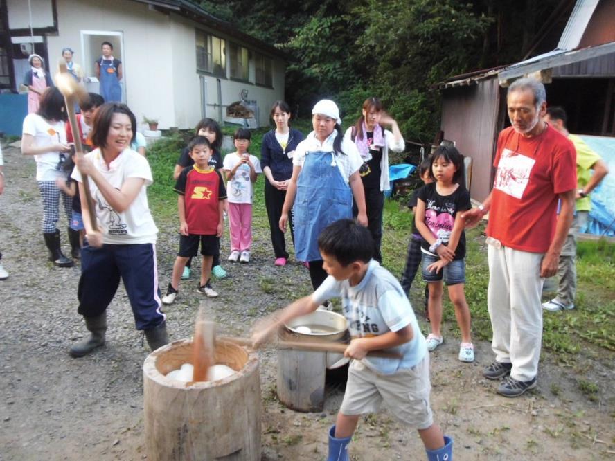 Fukushima Kids, Abukuma(making rice cake)