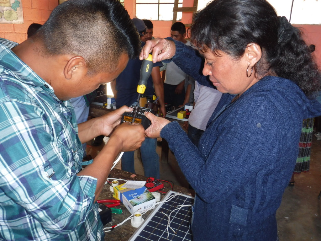 School Teachers learn Circuits & Solar