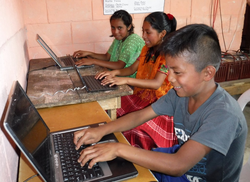 Rural children learn to use computers