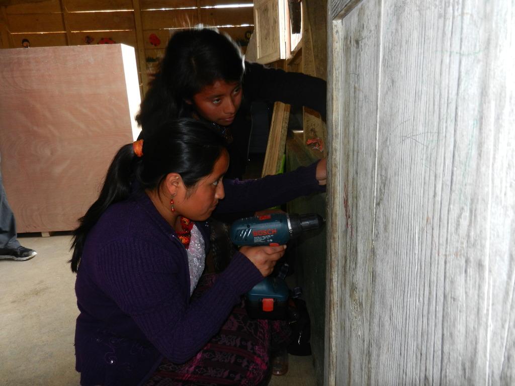 Installing a multi-panel solar power system