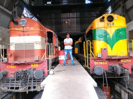 Himanshu Singh Training with Indian Railway