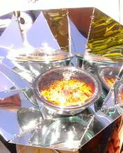 An eco-stove that cooks by trapping the sun's heat