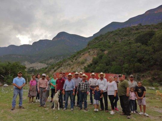 Community meeting in Canoas, Nuevo Leon.