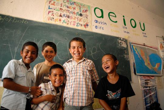 Kids from Baja California Sur communities in SRL