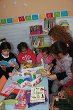 Fundacion Leer with children and books