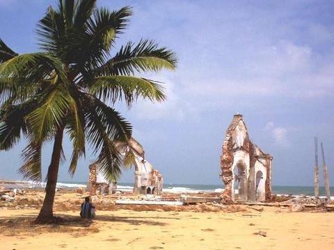 Tsunami Recovery for 400 Sri Lankan Families