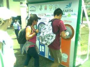 Participants recycle during the 2011 EcoRomeria