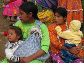 More young Tarahumara mothers
