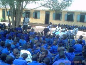 Anthony talks to School Kids & Teachers on Tree Pl